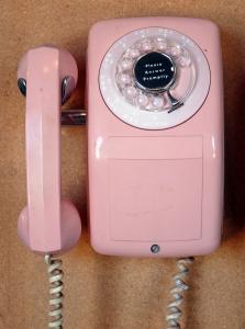 pink-telephone-1353144-m
