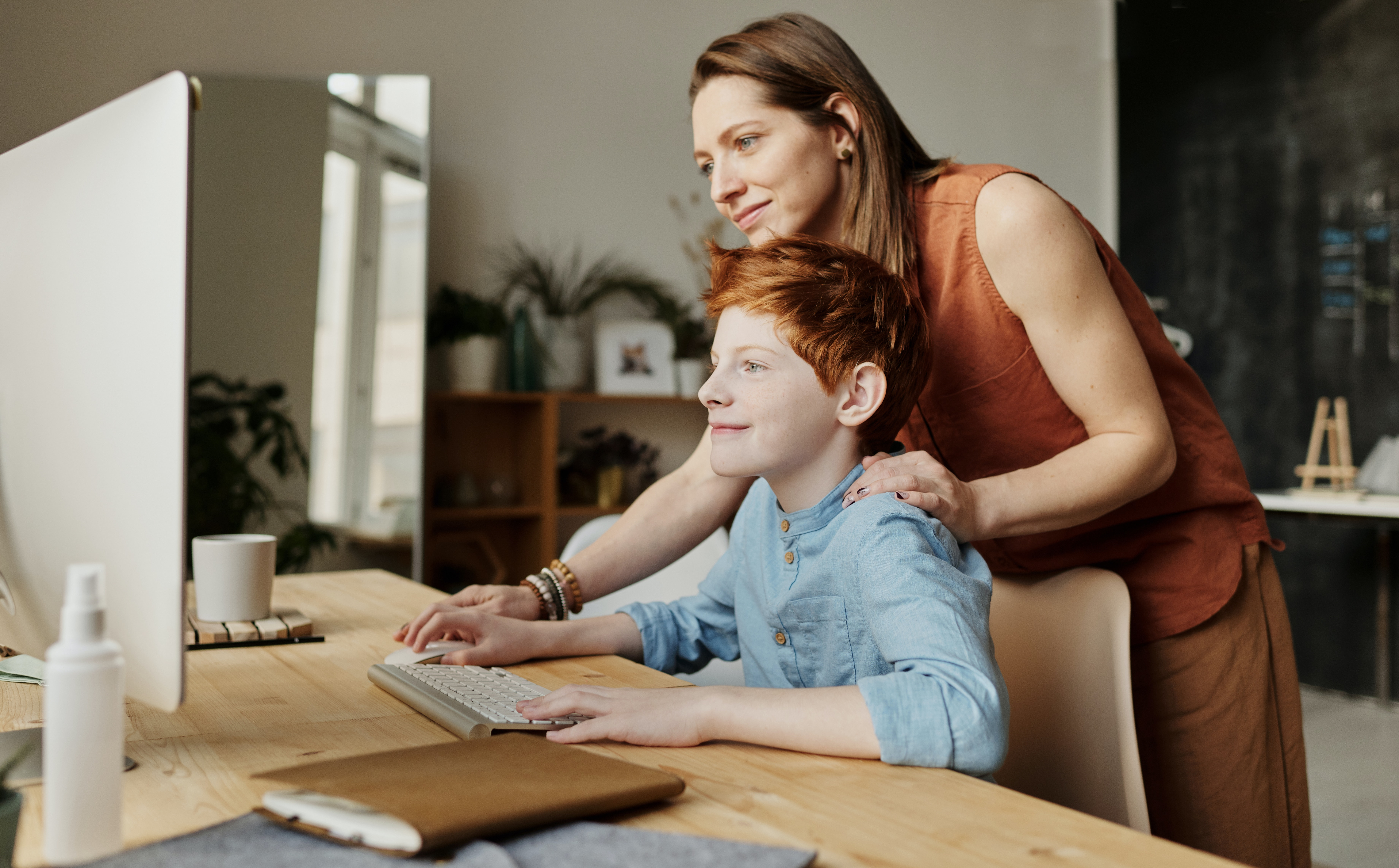 photo-of-woman-teaching-his-son-while-smiling-4145355 (2)