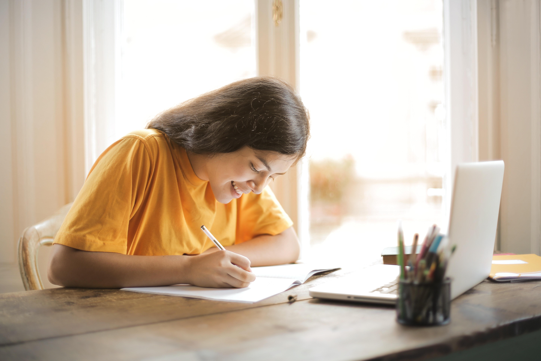 girl doing schoolwork